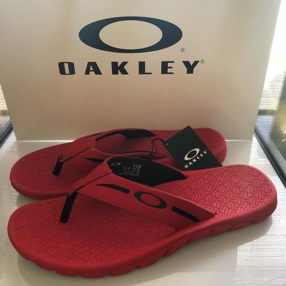 262a8d12e5f6 new oakley men sandals flip flop